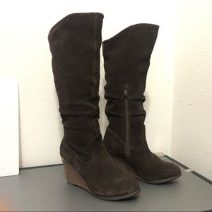 Very Volatile Wedge Leather Brown Boots Size 7